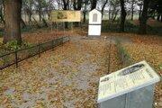 Levický okrášľovací spolok opravili pamätník Štefana I. Koháryho.