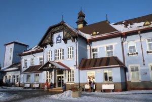 Budova železničnej stanice v Ružomberku.