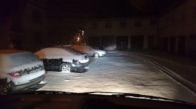 Nasnežilo aj na Štrbskom Plese.
