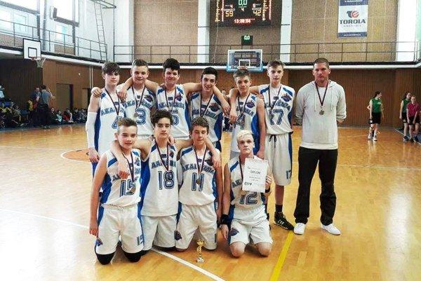 Starší žiaci BKM SPU Nitra si urobili úspešný výjazd na turnaj do Ostravy.