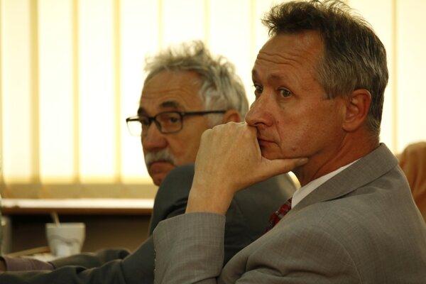 Marián Štanga (v popredí) už v Bojniciach ako mestský poslanec v minulosti pôsobil.