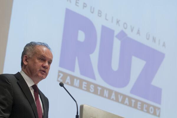 Prezident Andrej Kiska počas príhovoru na sneme Republikovej únie zamestnávateľov v Bratislave.