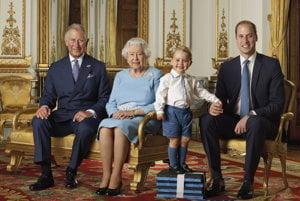 Štyri generácie Britskej kráľovskej rodiny.