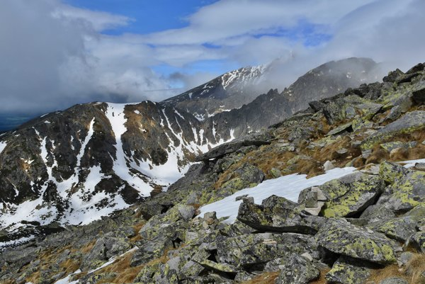 Pohľad z Predného Soliska na Furkotskú dolinu.