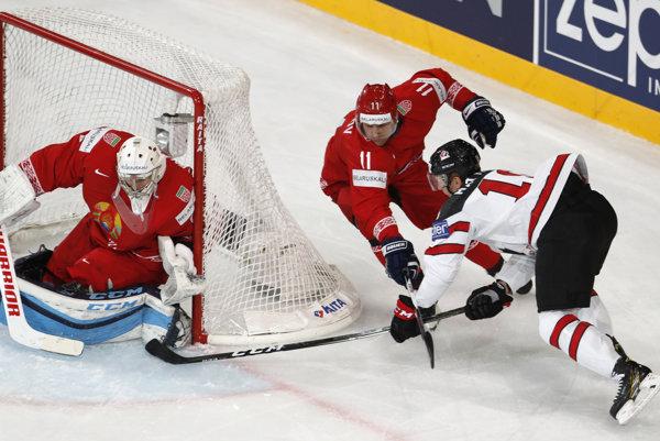 Kanadskí hokejisti zdolali Bielorusov (zdroj: TASR/AP).