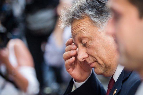 Viktor Orbán označil aktivistom za zahraničných agentov.