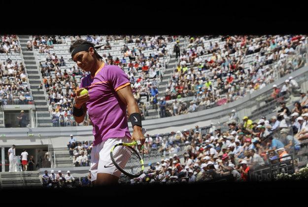 Rafael Nadal mal uľahčený postup do druhého kola.