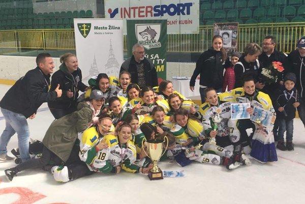 Žilinské hokejistky získali zlato.