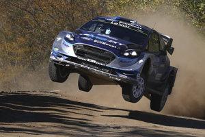 Estónska posádka Ott Tänak - Martin Järveoja na Forde Fiesta WRC, ilustračná fotografia.