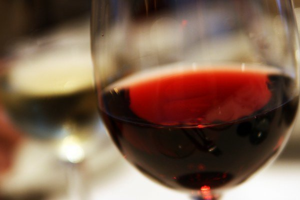 Najviac vína na osobu sa vypije vo Vatikáne.
