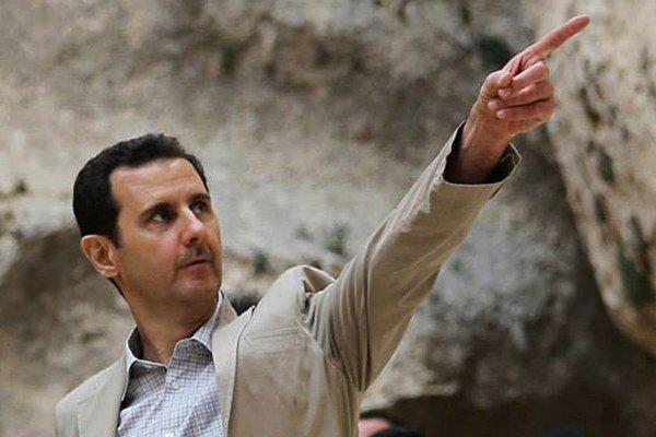 Asad sa stal prezidentom v roku 2000 po smrti svojho otca Háfiza.