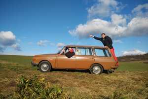 Auto zbývalého východného Nemecka čaká dlhá jazda.