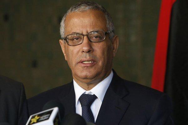 As-Sáního predchodca Alí Zídán prišiel o funkciu v marci po tom, ako mu v hlasovaní vyslovil nedôveru parlament po incidente s tankerom Morning Glory.