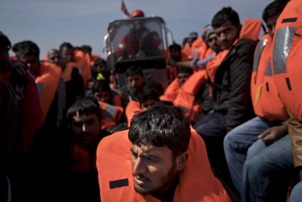 Taliansko kritizuje Maltu za to, že odmieta prijať loď s migrantmi