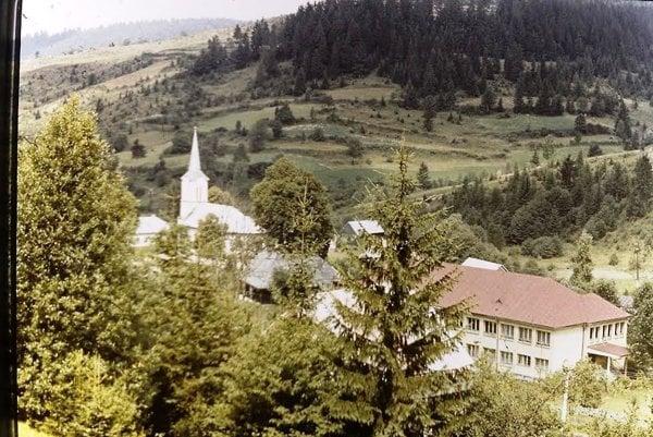 Obyvatelia zatopených obcí sa čoskoro stretnú v Riečnici. Pripomenú si na časy predtým, ako ich domov zatopila voda.