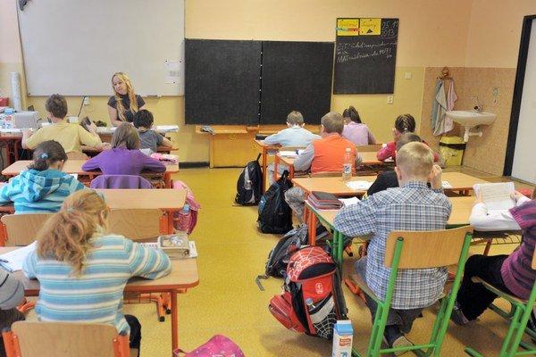Deti pociťujú zo školy stres.