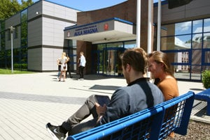 Náklady na štúdium mimo Bratislavy sú o niečo nižšie.