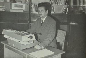 Štefan Polovka.Profesijný život zasvätil základnej umeleckej škole. Pôsobil v nej 44 rokov, 20 rokov vo funkcii riaditeľa.