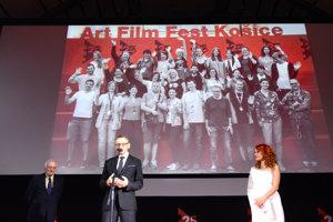 Štáb Art Film Fest Košice. Programový riaditeľ Peter Nágel im poďakoval za skvelú prácu.