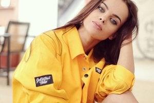 Emma Cervanová už má s modelingom skúsenosti.