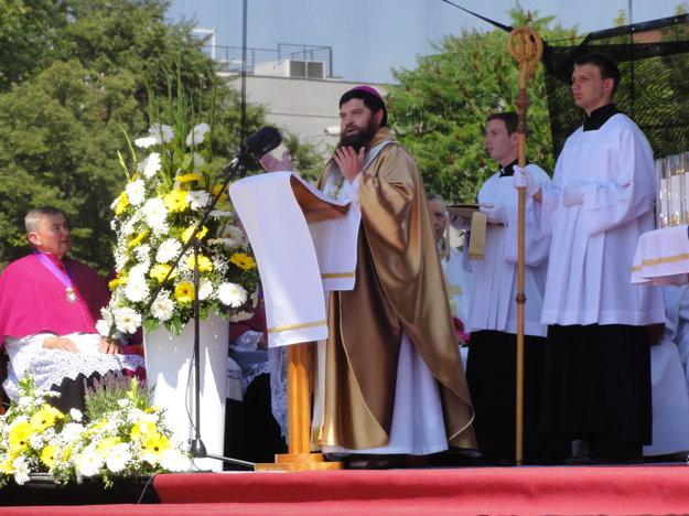 Hlavným celebrantom bol biskup Dávid Bartimej Tencer.