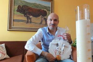 Ján Huba pripomína, že nové plemeno oviec sa len tak ľahko nepodarí vytvoriť.