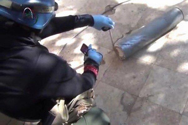 Inšpektori OSN na mieste údajného chemického útoku.