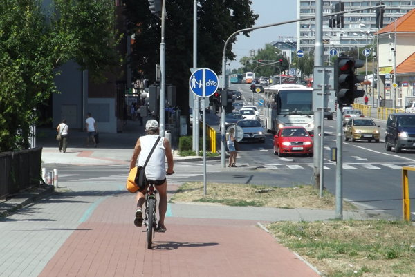 Mesto sa v zmluve zaviazalo, že bude podporovať cyklodopravu.