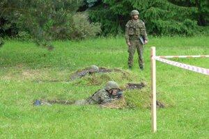 Výcvik nových dobrovoľných vojakov začne v auguste.