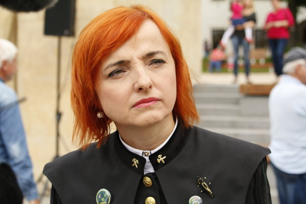Baníci vyzvali Katarínu Macháčkovú, aby nehovorla v ich mene.