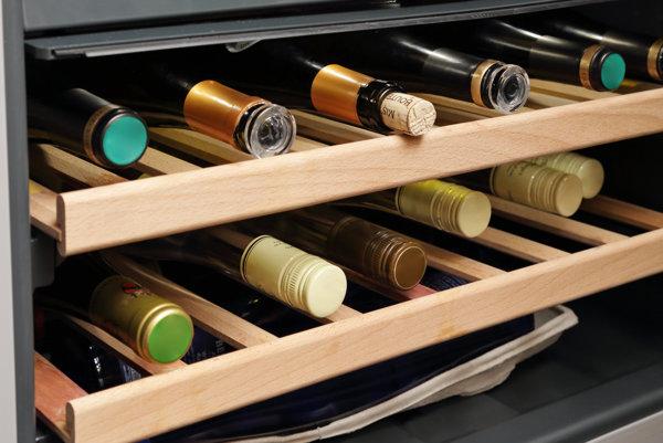 """Správna teplota je pri podávaní vína jedným z hlavných """"parametrov""""."""