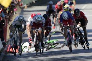 Peter Sagan (vľavo) skončil na Tour de France po incidente s Markom Cavendishom.