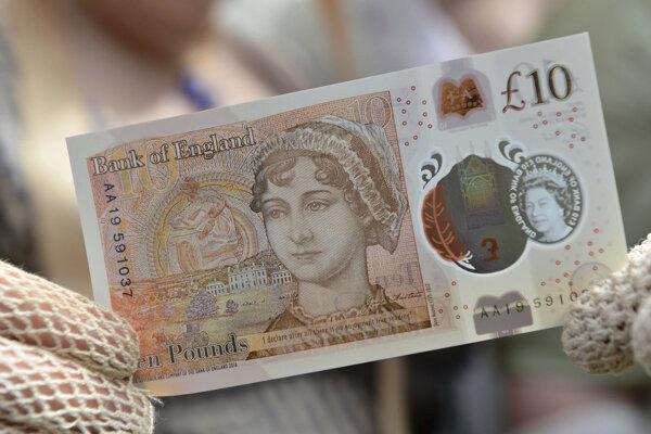 Desaťlibrová bankovka s podobizňou Jane Austenovej.