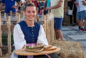 Jednotná receptúra vychádza z troch tradičných receptov z obcí Bobrovec a Smrečany a liptovskomikulášskej mestskej časti Palúdzka.