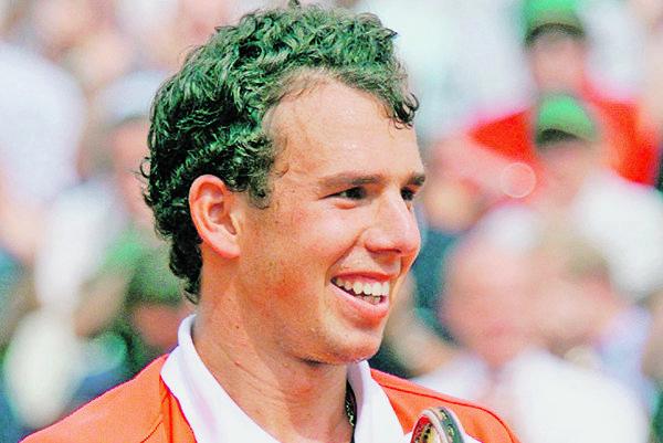Dominik Hrbatý ako 21-ročný po postupe do semifinále Roland Garros 1999.