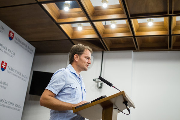 Líder OĽaNO Igor Matovič sa rozhodol, že pokutu 12-tisíc eur nezaplatí aj napriek exekúcii.