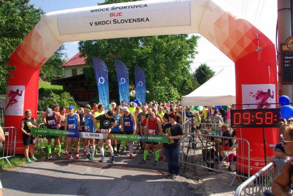 Extrém absolvovalo 566 pretekárov vrátane bystrických hokejistov či Nasti Kuzminovej.