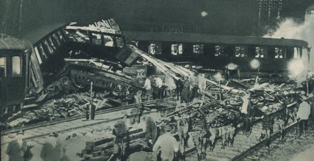 Strašlivá havária rýchlika St. Étienne-Paríž v roku 1937.