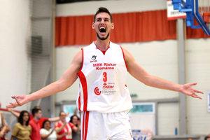 V play-off patril medzi piliere Komárna, ktoré sa prebojovalo až do finále Eurovia SBL.