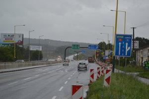 Výjazd na diaľnicu D1 v Prešove. Už je sprejazdnený.