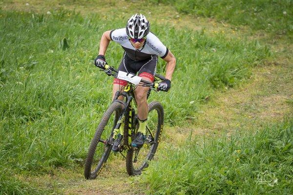 Tomáš Salák si vybojoval na majstrovstvách Slovenska v horskej cyklistike bronzovú medailu.