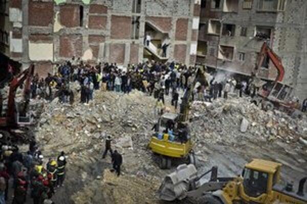 Zrútená budova v Alexandrii.