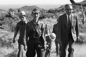 Hiró Onoda v roku 1974, keď sa na Lubangu vzdal a odišiel domov.