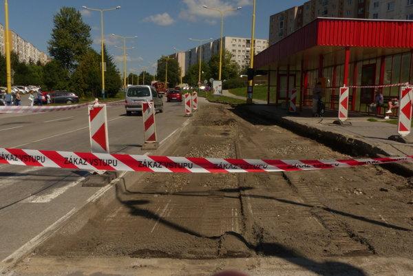 Oprava zastávky na Švábskej ulici.
