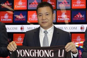 Minulý rok kúpil čínsky investor 99,9-percentný podiel v AC Miláno od Silvia Berlusconiho za takmer 750 miliónov eur.