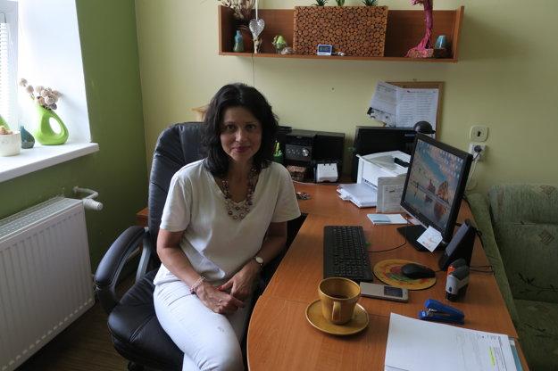 Dana Šedivá – primárka trnavskej psychiatrie, psychiater, sexuológ, súdny znalec vodboroch psychiatria asexuológia. Vyštudovala lekársku fakultu vBratislave. Primárkou Psychiatrického oddelenia FN Trnava je od roku 2008.