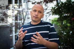 Turecký politológ Gökhan Bacik.