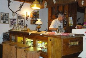 Tento barový stôl bol kedysi sitom v mlyne.