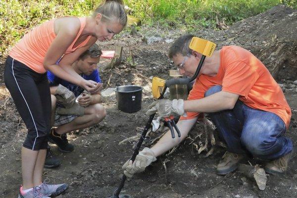 Archeológovia počas práce na Vyšehrade.