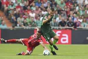 Momentka zo zápasu medzi Werderom Brémy a Bayernom Mníchov (0:2).